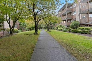 """Photo 18: 115 10698 151A Street in Surrey: Guildford Condo for sale in """"LINCOLN HILL"""" (North Surrey)  : MLS®# R2625128"""