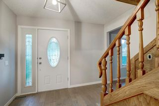 Photo 12: 6951 Silver Springs Road NW in Calgary: Silver Springs Detached for sale : MLS®# A1126444