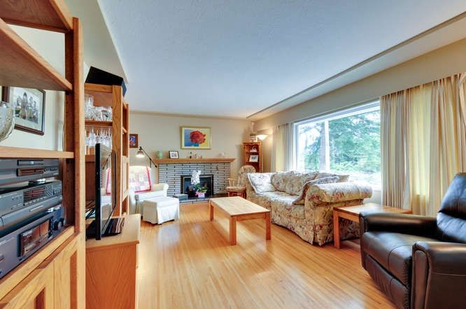 Photo 2: Photos: 1028 MORAY Street in Coquitlam: Chineside House for sale : MLS®# R2002152