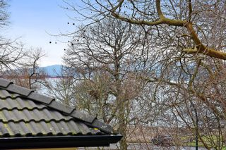 """Photo 14: 2020 MCNICOLL Avenue in Vancouver: Kitsilano House for sale in """"Kits Point"""" (Vancouver West)  : MLS®# R2428928"""