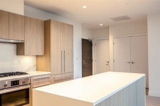 """Photo 8: PH 1203 2785 LIBRARY Lane in North Vancouver: Lynn Valley Condo for sale in """"THE RESIDENCE AT LYNN VALLEY"""" : MLS®# R2500614"""