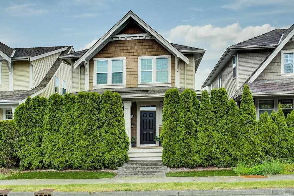 Main Photo: 15678 24 Avenue in Surrey: King George Corridor House for sale (South Surrey White Rock)  : MLS®# R2590527