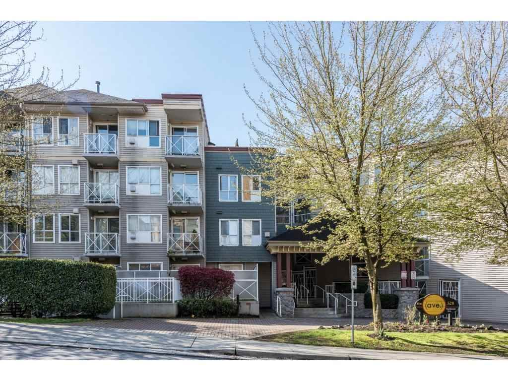 """Main Photo: 615 528 ROCHESTER Avenue in Coquitlam: Coquitlam West Condo for sale in """"THE AVE"""" : MLS®# R2158974"""