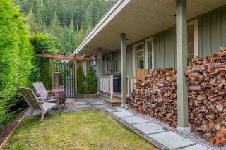 """Photo 7: 158 STONEGATE Drive: Furry Creek House for sale in """"Furry Creek"""" (West Vancouver)  : MLS®# R2610405"""