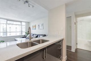 "Photo 13: 1003 438 SEYMOUR Street in Vancouver: Downtown VW Condo for sale in ""Conference Plaza"" (Vancouver West)  : MLS®# R2561448"