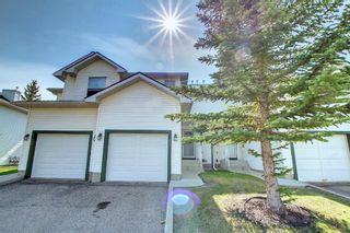 Main Photo: 25 Sandpiper Link NW in Calgary: Sandstone Valley Row/Townhouse for sale : MLS®# A1143178