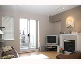 "Photo 2: 35 6588 BARNARD Drive in Richmond: Terra Nova Townhouse for sale in ""CAMBERLEY"" : MLS®# V684301"