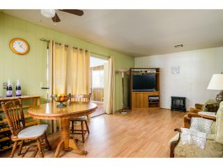 Photo 10: OCEANSIDE Manufactured Home for sale : 2 bedrooms : 200 N El Camino Real #80