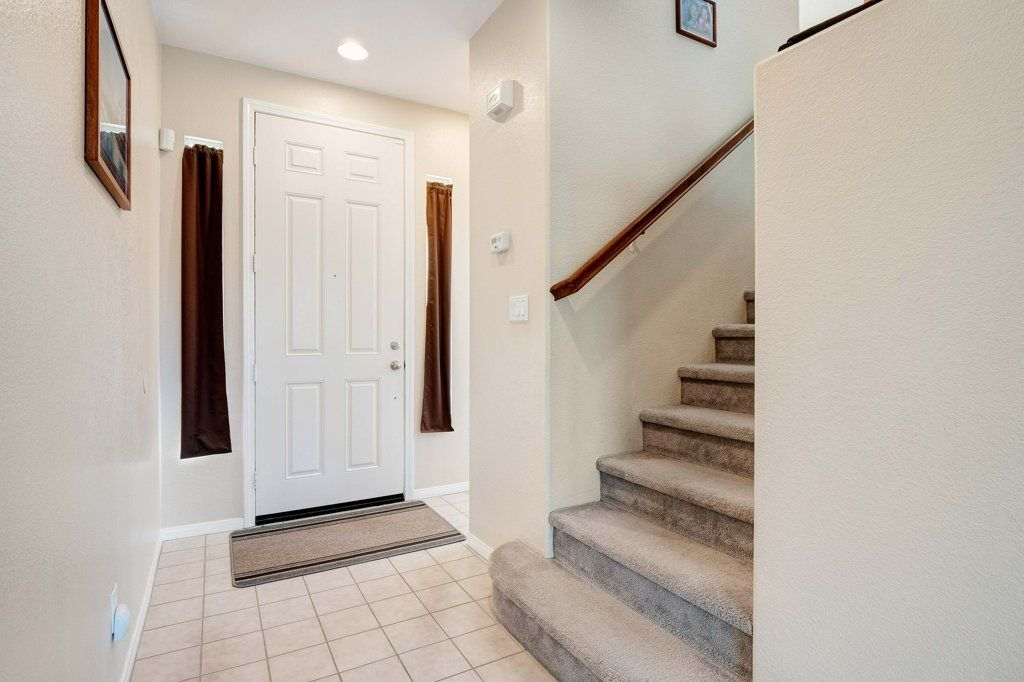 Photo 3: Photos: NATIONAL CITY House for sale : 3 bedrooms : 4102 Verde View
