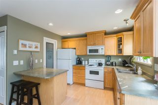 Photo 2: 41 8881 WALTERS STREET in Chilliwack: Chilliwack E Young-Yale Townhouse for sale : MLS®# R2418482