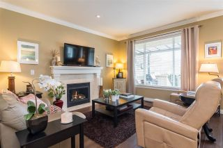 """Photo 9: 23029 JENNY LEWIS Avenue in Langley: Fort Langley House for sale in """"BEDFORD LANDING"""" : MLS®# R2359056"""