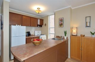 """Photo 5: 609 950 DRAKE Street in Vancouver: Downtown VW Condo for sale in """"ANCHOR POINT"""" (Vancouver West)  : MLS®# R2574592"""