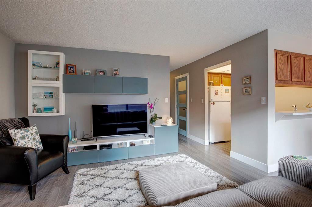 Photo 4: Photos: 102 345 4 Avenue NE in Calgary: Crescent Heights Apartment for sale : MLS®# A1065227