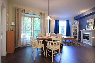 """Photo 1: 105 285 ROSS Drive in New Westminster: Fraserview NW Condo for sale in """"THE GROVE AT VICTORIA HILL"""" : MLS®# R2161578"""