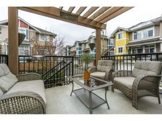 Photo 2: 29 6036 164 Street in Surrey: Cloverdale BC Townhouse for sale (Cloverdale)  : MLS®# R2240193