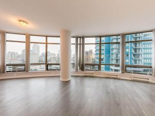 """Photo 1: 1202 1200 ALBERNI Street in Vancouver: West End VW Condo for sale in """"Palisades"""" (Vancouver West)  : MLS®# R2527140"""