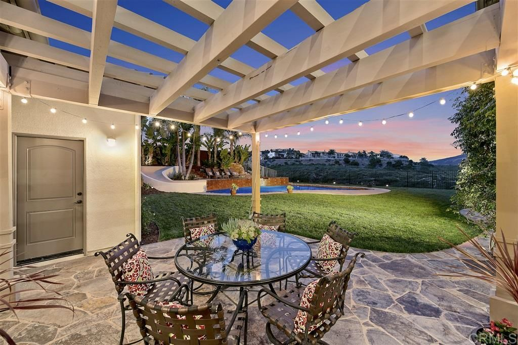 Photo 10: Photos: CARLSBAD SOUTH House for sale : 5 bedrooms : 6928 Sitio Cordero in Carlsbad