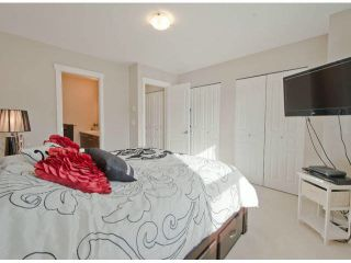 """Photo 10: 79 7938 209 Street in Langley: Willoughby Heights Townhouse for sale in """"Red Maple Park"""" : MLS®# F1413572"""