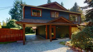 Photo 1: 801 REED Road in Gibsons: Gibsons & Area House for sale (Sunshine Coast)  : MLS®# R2493717