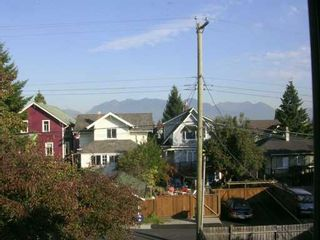 Photo 13: 1141 E 13TH Ave in Vancouver: Mount Pleasant VE House for sale (Vancouver East)  : MLS®# V613183