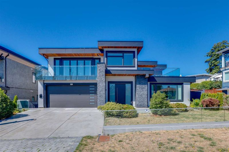 FEATURED LISTING: 1171 LEE Street White Rock