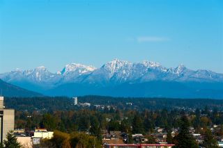 """Photo 8: 2201 7325 ARCOLA Street in Burnaby: Highgate Condo for sale in """"ESPRIT 2"""" (Burnaby South)  : MLS®# R2522459"""