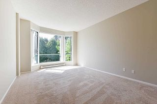 """Photo 22: 203 1705 MARTIN Drive in Surrey: Sunnyside Park Surrey Condo for sale in """"Southwynd"""" (South Surrey White Rock)  : MLS®# R2576884"""