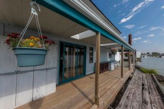 """Photo 7: 23240 DYKE Road in Richmond: Hamilton RI House for sale in """"Waterfront Property with Float Home(s)"""" : MLS®# R2606425"""