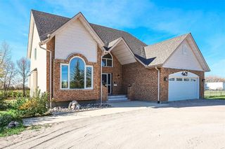 Photo 1: 232 HAY Avenue in St Andrews: House for sale : MLS®# 202123159