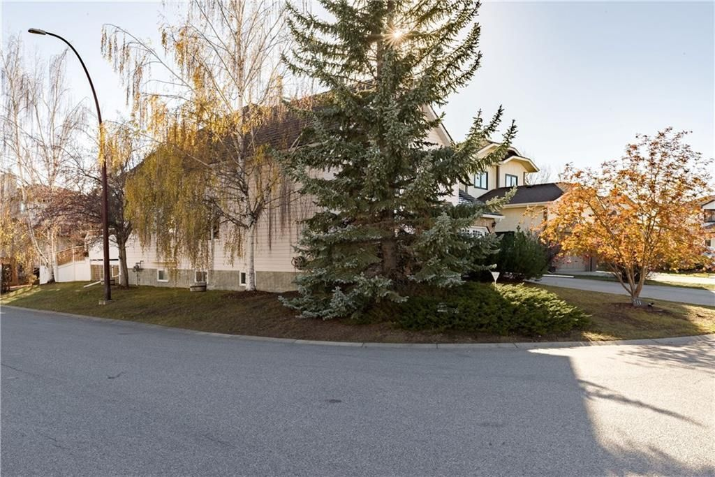 Photo 45: Photos: 248 WOOD VALLEY Bay SW in Calgary: Woodbine Detached for sale : MLS®# C4211183