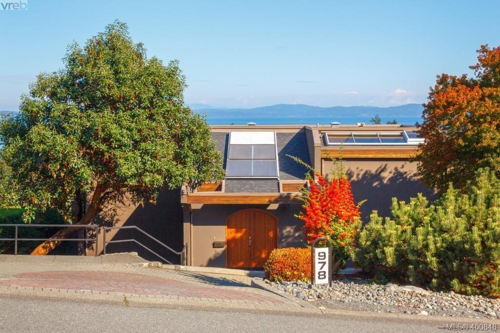 Main Photo: 978 Seapearl Pl in VICTORIA: SE Cordova Bay House for sale (Saanich East)  : MLS®# 799787