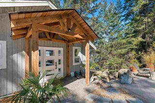Photo 1: 267 LAURA POINT Road: Mayne Island House for sale (Islands-Van. & Gulf)  : MLS®# R2571207