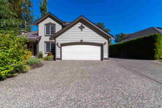 Photo 4: 47556 CHARTWELL Drive in Chilliwack: Little Mountain House for sale : MLS®# R2495101
