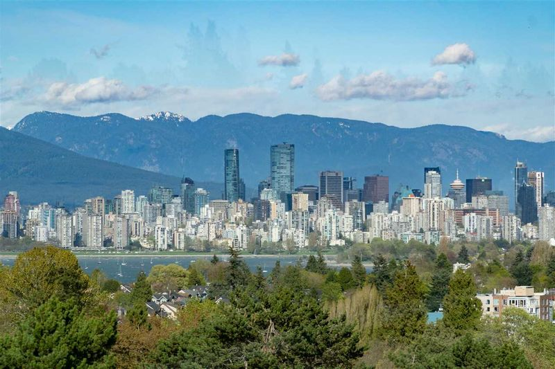 FEATURED LISTING: 4232 8TH Avenue West Vancouver