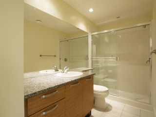 Photo 10: 102 7418 BYRNEPARK WALK in Burnaby: South Slope Condo for sale (Burnaby South)  : MLS®# R2072902