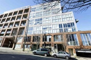 "Main Photo: 15 GORE Avenue in Vancouver: Strathcona Condo for sale in ""THE EDGE HARBOURFRONT LOFTS"" (Vancouver East)  : MLS®# R2528627"