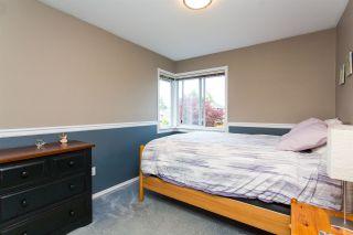"Photo 16: 10447 GLENMOOR Place in Surrey: Fraser Heights House for sale in ""Fraser Glen"" (North Surrey)  : MLS®# R2406510"