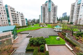 """Photo 14: 404 1199 EASTWOOD Street in Coquitlam: North Coquitlam Condo for sale in """"THE SELKIRK"""" : MLS®# R2151321"""