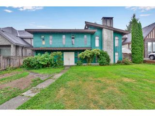 Photo 2: 15554 104A AVENUE in SURREY: House for sale : MLS®# R2545063