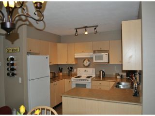"""Photo 7: # 86 18883 65TH AV in Surrey: Cloverdale BC Townhouse for sale in """"Applewood"""" (Cloverdale)  : MLS®# F1402311"""