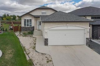 Photo 1: 27 Switch Grass Cove in Winnipeg: South Pointe Residential for sale (1R)  : MLS®# 202022891