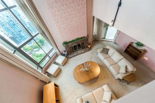 """Photo 8: 1901 738 BROUGHTON Street in Vancouver: West End VW Condo for sale in """"Alberni Place"""" (Vancouver West)  : MLS®# R2396844"""