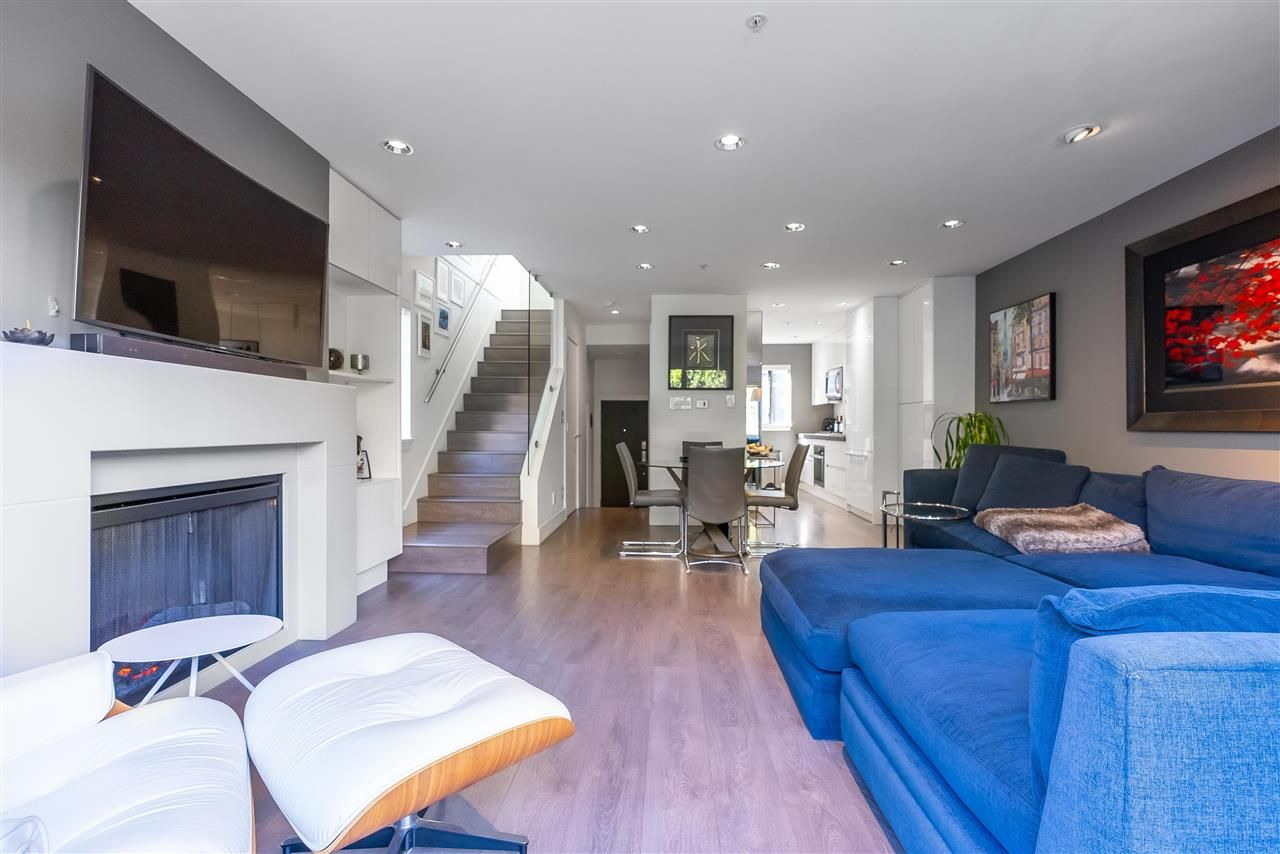 Main Photo: 1470 ARBUTUS STREET in Vancouver: Kitsilano Townhouse for sale (Vancouver West)  : MLS®# R2569704