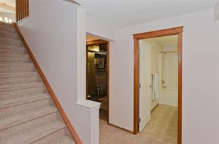 Photo 33: 70 Cresthaven Way SW in Calgary: Crestmont Detached for sale : MLS®# C4285935