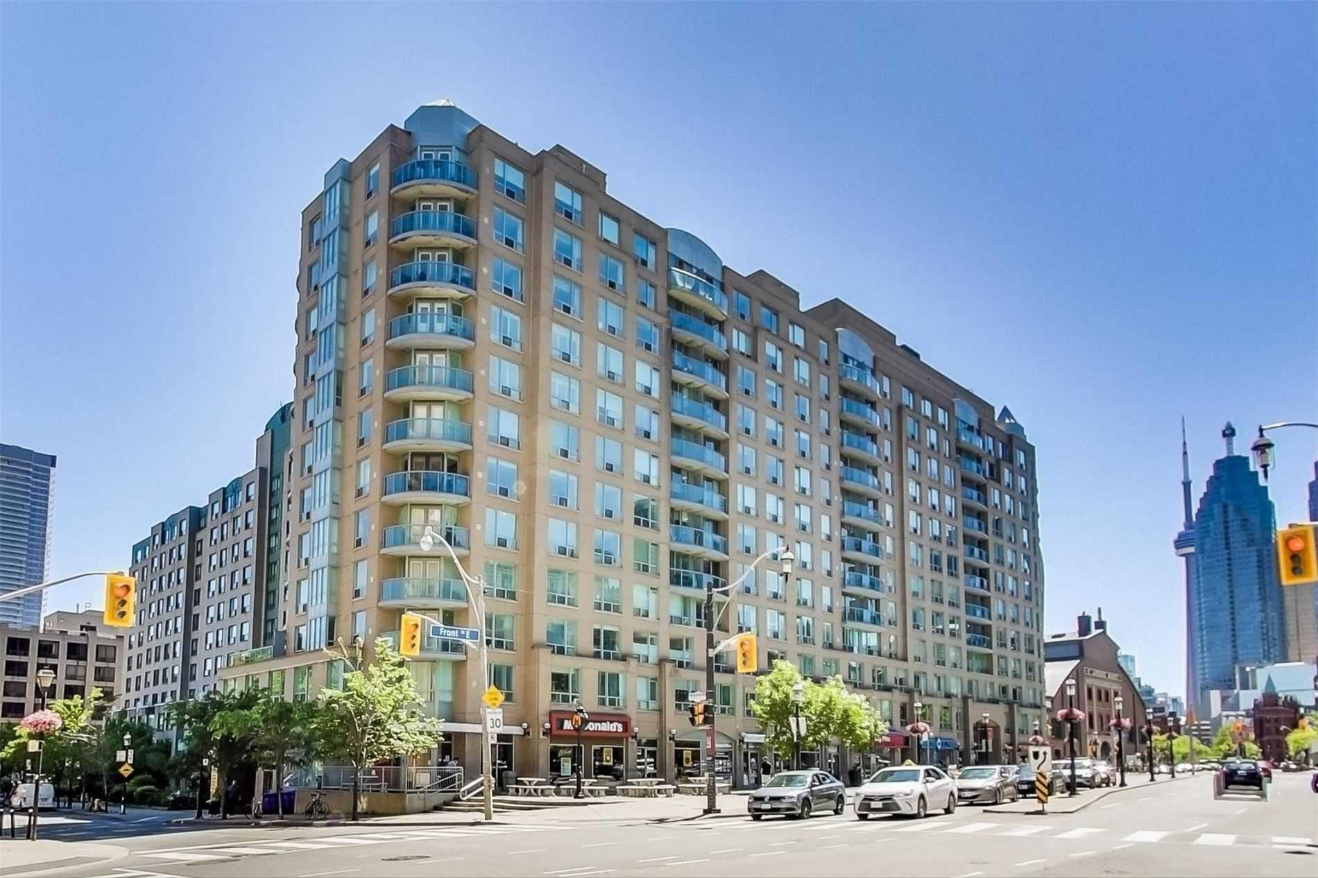 Main Photo: 808 109 E Front Street in Toronto: Moss Park Condo for lease (Toronto C08)  : MLS®# C4816382