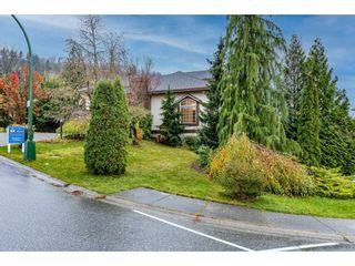 "Photo 3: 36042 EMPRESS Drive in Abbotsford: Abbotsford East House for sale in ""Regal Peak Estates"" : MLS®# R2517086"