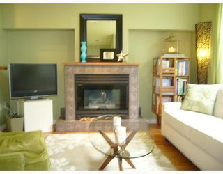 """Photo 8: 106 675 W 7TH Avenue in Vancouver: Fairview VW Condo for sale in """"THE IVY'S"""" (Vancouver West)  : MLS®# V697927"""