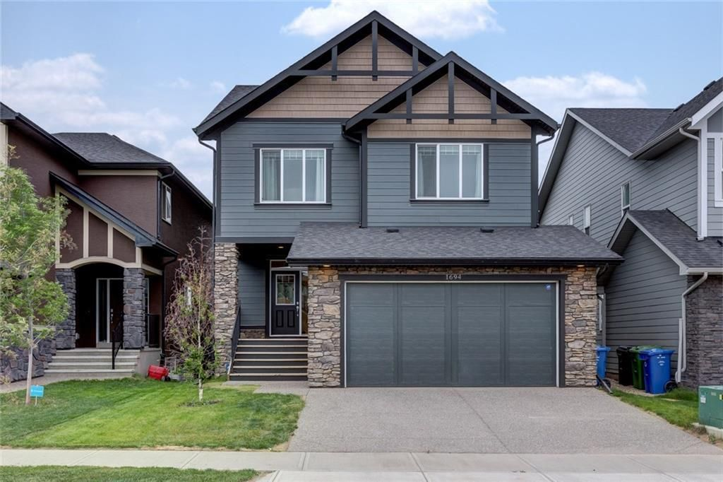 Main Photo: 1694 LEGACY Circle SE in Calgary: Legacy Detached for sale : MLS®# A1100328