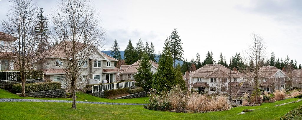 """Photo 19: Photos: 6 3405 PLATEAU Boulevard in Coquitlam: Westwood Plateau Townhouse for sale in """"PINNACLE RIDGE"""" : MLS®# V883094"""