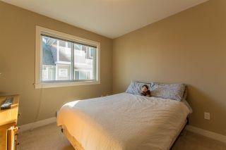 """Photo 19: 24 7298 199A Street in Langley: Willoughby Heights Townhouse for sale in """"YORK"""" : MLS®# R2115410"""
